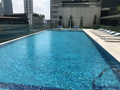 Piscine - St Regis Kuala Lumpur (Travel Guys) Tags: stregis stregiskualalumpur kualalumpur malaisie malaysia spg spglife starwood hotel luxuryhotel travel luxurytravel
