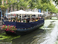 Expanded terrace [explored] (Peter Branger) Tags: activeassignmentweekly restaurant boat city delft netherlands leicadlux5 bestofweek1