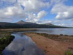 A Brief Walk After Gin (Bricheno) Tags: szkocja scozia scoția scotland schottland escòcia escocia écosse bricheno 蘇格蘭 स्कॉटलैंड σκωτία arran isleofarran island clyde brodick goatfell glencloy glencloywater scotlandinminiature estuary firth firthofclyde