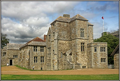 Carrisbrook Castle (Jason 87030) Tags: charlesi execution royal castle stone building architecture englishheritage inside interior innards museum history historic iow island holiday august 2018 isleofwight carrisbrook visit flag