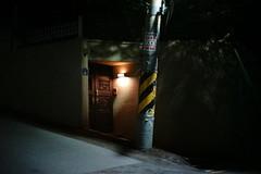 2145/1955 (june1777) Tags: snap street seoul night light alley sony a7ii leitz leica summilux m 50mm f14 12800 clear