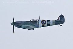 2988 AB910 Andy P (photozone72) Tags: bournemouth airshows aircraft airshow aviation canon canon7dmk2 canon100400f4556lii 7dmk2 bbmf raf warbirds wwii rafbbmf spitfire ab910