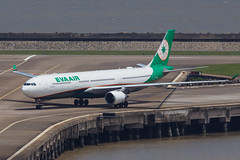 EVA AIR A330-300 B-16337 002 (A.S. Kevin N.V.M.M. Chung) Tags: aviation aircraft aeroplane airport airlines a330 plane spotting macauinternationalairport mfm a330300 airbus runway