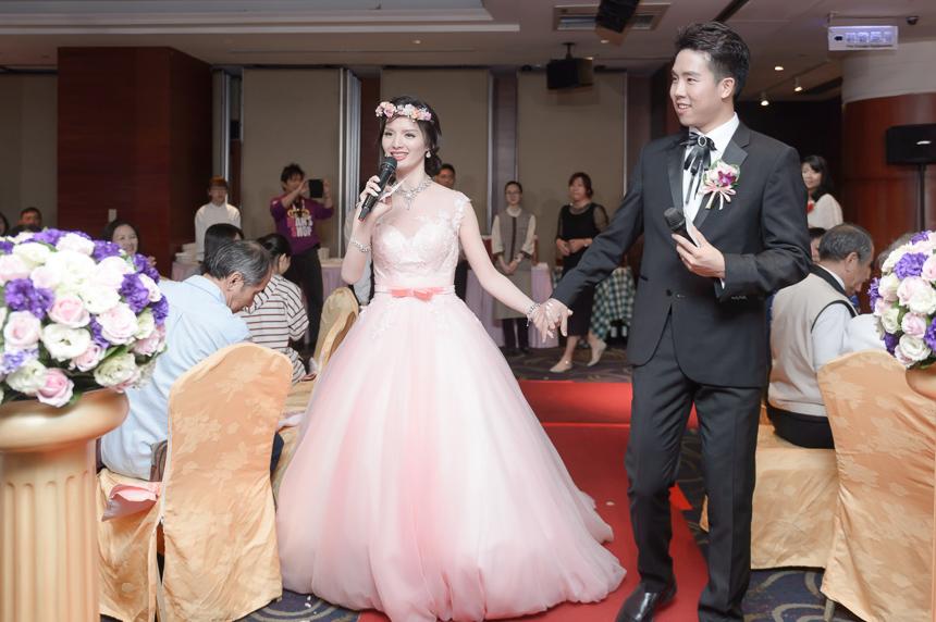 42420728080 294ff59a23 o 超high婚禮進場方式與小遊戲!讓你的婚禮絕不冷場~