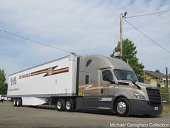 May Trucking Co. Freightliner Cascadia, Truck# 18187 (Michael Cereghino (Avsfan118)) Tags: 2018 18 brooks truck show may trucking co company freightliner cascadia next gen generation convention oregon semi