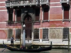 venice 2015 (gerben more) Tags: venice venetië man gondolier gondol italy canal house palace