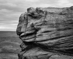 Tors (l4ts) Tags: landscape derbyshire peakdistrict darkpeak kinderscout ashopclough theedge gritstone gritstoneedge gritstonetors monochrome blackwhite