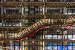 Centre Pompidou (zora_schaf) Tags: zoraschaf bekeuchtung licht light langzeitbelichtung longexposure centrepompidou nacht night paris