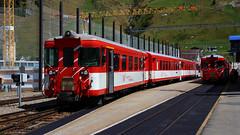Matterhorn-Gotthard-Bahn (2) (Krzysztof D.) Tags: pociąg train zug kolej bahn railway dworzec station stacja bahnhof szwajcaria schweiz suisse svizzera svizra electric elektryczny wąskotorówka narrowgauge schmalspurbahn