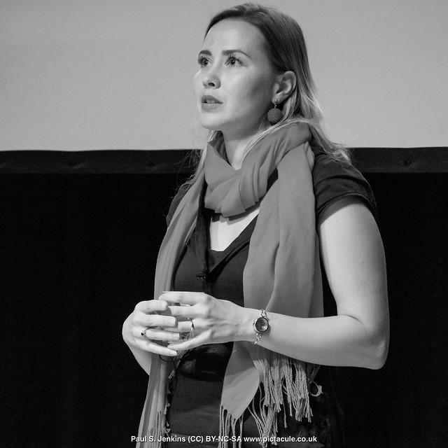 P8300224 Joanna Bagniewska at Winchester Skeptics