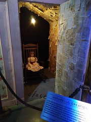 IMG_20171019_162736 (hauntletmedia) Tags: halloween halloweenhaunts mazes scary haunts halloweenmazes hauntedhouses hauntedhouse pennywise warnerbros horrormadehere neibolthouse georgie itmovie wb it
