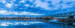 Saint-Mathurin sur Loire (Guibs photos) Tags: canon canonefs1022mmf3545usm eos7d manfrotto mt055xpro3 saintmathurinsurloire loire loireauthion loirevalley maineetloire paysdelaloire france anjou valléedelaloire poselongue filé pont bridge river fleuve heurebleue bluehour