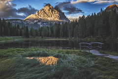 Thankful Place (M-Z-Photo) Tags: auronzodicadore provinzbelluno italien it hdr dreizinnen dolomiten see misurina altmühlsee wasserspiegelung landschaft abendstimmung natur wald berge alpen