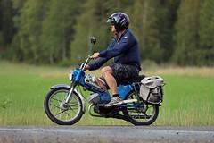 Moppe (259) (cykelkanalen.se) Tags: veteranmoped moped moppe crescent monark puch flakmoped zündapp trim kolvjack mopedumrundan mopedum nynäshamn sorunda