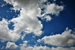 Hoy solo nubes (enrique1959 -) Tags: martesdenubes martes nubes nwn bilbao vizcaya paisvasco euskadi españa europa