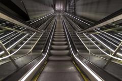 Noord/Zuidlijn Vijzelgracht escalator close up (Dannis van der Heiden) Tags: metro amsterdam subway noordzuidlijn escalator netherlands nikond750 d750 tokina1628mmf28 symmetry