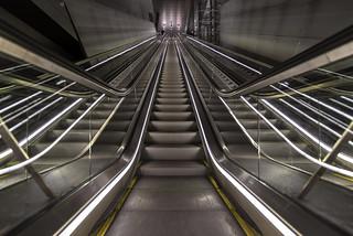 Noord/Zuidlijn Vijzelgracht escalator close up