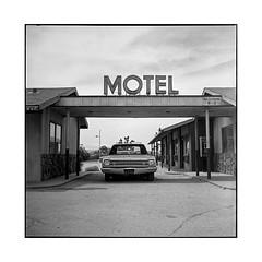 motel • palmdale, ca • 2018 (lem's) Tags: four aces motel ca california classic car automobile movie set ghost town ville fantome rolleiflex t palmdale