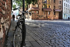 lights on the ghetto (bob_52) Tags: krakow polonia città bicicletta quartiereebraico kazimierz