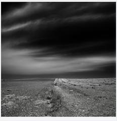 Tierra (una cierta mirada) Tags: landscape sky nature bnw blackandwhite lumix land clouds cloudscape unaciertamirada panasonic dmcgx8 g vario 1260mm f3556 asph power ois
