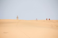 Maspalomas (StellaMarisHH) Tags: europa spanien kanaren grancanaria maspalomas dünen sand wüste leuchtturm faro braun blau canon canoneos60d eos60d 60d sigma sigma18200 photoscape