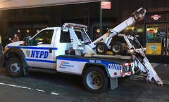 NYPD Tow (phil da greek) Tags: nyc newyorkcity manhattan usa nypd ford