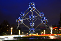 The Atomium at blue hour (Valantis Antoniades) Tags: blue hour thebluehour atomium brussels belgium long exposure movement night