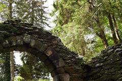 Glendalough entrance (sean.sorber) Tags: stone arch nature glendalough ireland wicklow irish forest