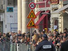 Space Invader PA_1126 (tofz4u) Tags: paris streetart artderue invader spaceinvader spaceinvaders mosaïque mosaic tile 75008 pa1126 street rue peole police foule crowd 30