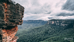 Blue Mountains Australia (thibaultfrenchy) Tags: vert blue mountain elements nature vegetation rock rocks sky air fire stone view 3sisters australia views landscape