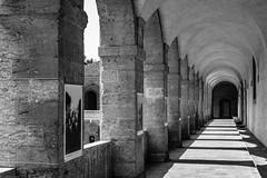 Mars 1488 (jluebeck) Tags: marseille vieillecharité monochrom blackandwhite paintingwithlightandshadows architektur architecture 50mm