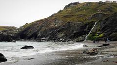 Viharos atlanti tengerpart (Tintagel, Anglia) (milankalman) Tags: sea waves cliff beach storm wind