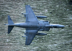 GR9 (PhoenixFlyer2008) Tags: royalairforce wales canon cadair cadwest speed 2009 lowlevel low loop machloop flying aviation aircraft fighter pilot cottesmore navalstrikewing 20rsquadron neilbates