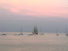 schiffe abends (lualba) Tags: schiffe boats ships sea meer mar mare mèr wasser water himmel sky wolken clouds portugal