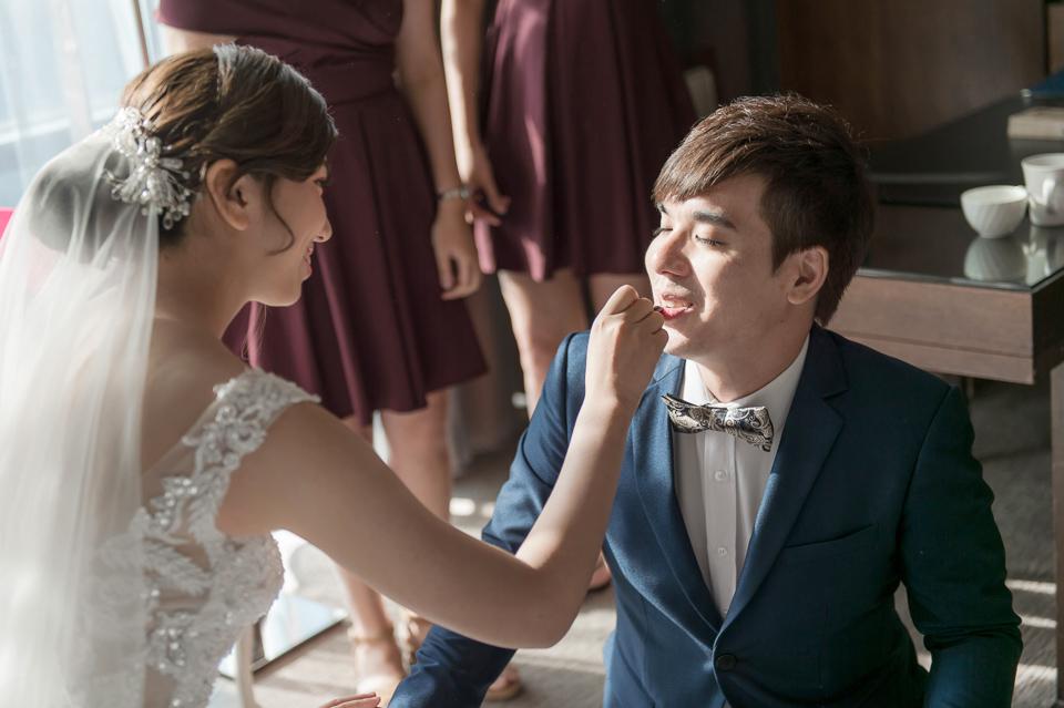 高雄婚攝 海中鮮婚宴會館 有正妹新娘快來看呦 C & S 036