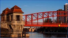 Sechserbrücke am Tegeler See (magritknapp) Tags: 7dwf landscape brücke wasser haus berlintegelersee sechserbrücke