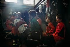 spogliatoio (bass_nroll) Tags: canon 5d mkii mk2 ivrea montalto rimicalci calcio football soccer kids squadra team footballteam spogliatoio partita giocatori