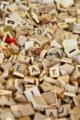EAT Scrabble (Read2me) Tags: brimfieldantiquesfair cye letters wood many gamepieces word tile pregamewinner ge thechallengefactory tcfunanimousseptember friendlychallenges