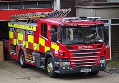 Hemel Hempstead - 9754 - EN16 LDO (999 Response) Tags: hertfordshire fire and rescue service hemel hempstead 9754 en16ldo