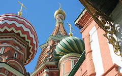 Moscow, Saint Basil's Cathedral - Cathedral of the Protection of Most Holy Theotokos on the Moat, Red Square, Tverskoy district. (sacalevic) Tags: rus русь christianity христианство православие orthodoxy москва россия moscow russia russland russie rusia russian federation rf moskau moscu рф cathedral saintbasils pokrovsky sobor ロシア モスクワ архитектура architektur architecture arquitetura moskwa rosja موسكو روسيا մոսկվա moszkva oroszország moskou rusland μόσχα ρωσία მოსკოვი moskva רוסיה רוסלאַנד 俄罗斯 莫斯科 모스크바 러시아 moscova русија rusko rusija กรุงมอสโก rusya rossiya venäjä मास्को रूस ryssland moskvo rusio venemaa travel journey tour voyage рilgrimage паломничество путешествие tourism покровский собор василийблаженный краснаяплощадь покровскийсобор