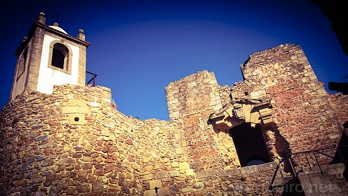 Torre do Relógio e Ruínas do Palácio