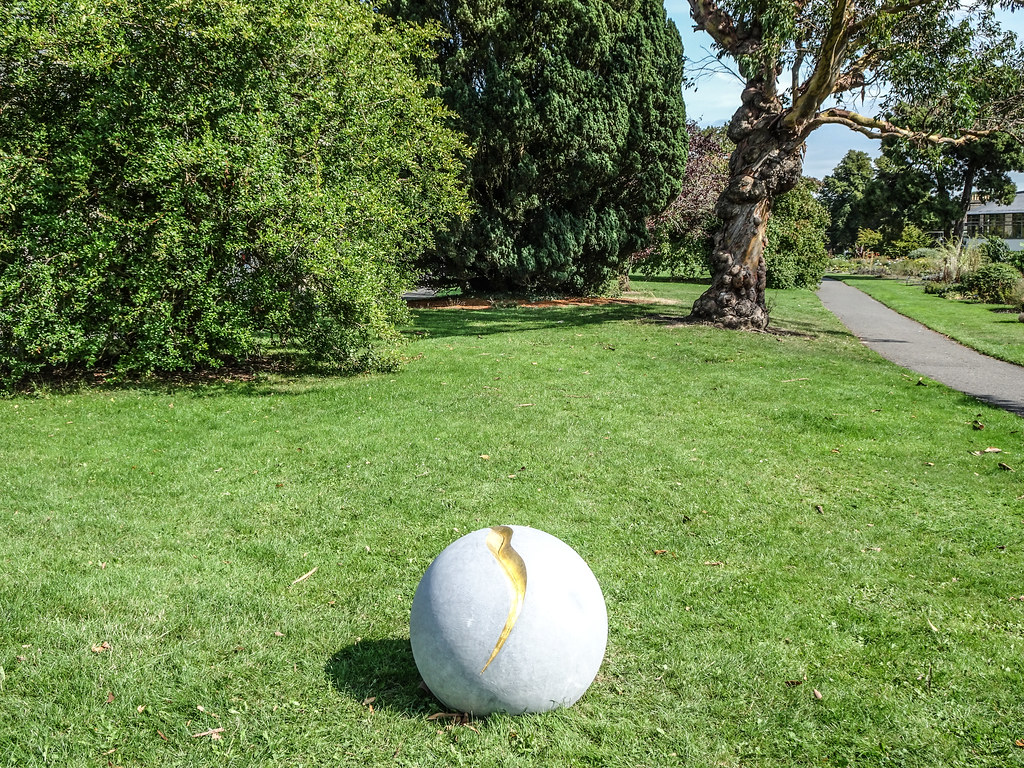 2018 SCULPTURE IN CONTEXT EXHIBITION BEGINS NEXT THURSDAY  AT THE BOTANIC GARDENS[I MANAGED TO GET A SNEAK PREVIEW TODAY]-143717