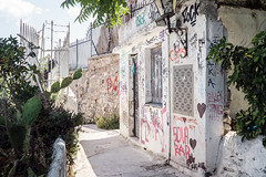 Anafiotika (Maciej Dusiciel) Tags: athens anafiotika house architecture architectural travel city urban greece europe world sony alpha graffiti decay