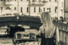 Northern Venetian - Сѣверная венеціанка (Valery Parshin) Tags: russia saintpetersburg canoneos70d girl blackandwhite canonefs55250mmf456isstm stpetersburg bridge monochrome россия санктпетербург