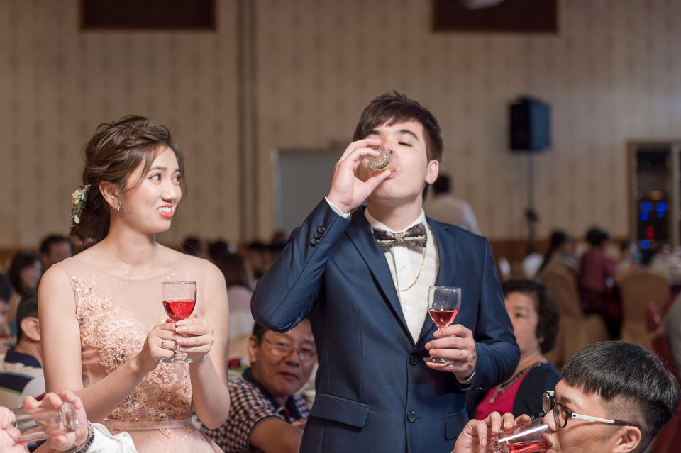 高雄婚攝 海中鮮婚宴會館 有正妹新娘快來看呦 C & S 154