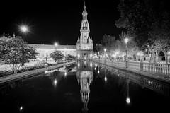 Plaza de España, Sevilla (alexcalver) Tags: longexposure 80d canon water blacknwhite bw reflections plazadeespaña spain sevilla seville