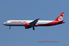 A321 OE-LCS LAUDAMOTION (shanairpic) Tags: jetairliner passengerjet a321 airbusa321 gcrr arrecife lanzarote laudamotion oelcs