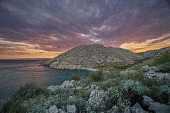 Croatia (silvia_mozzon) Tags: natura nature croazia croatia europa europe krk island isola travel travelphotography tramonto sunset water waves sea seashore landscapesseascapescityscapes mare spiaggia landscape paesaggio laowa summer estate esteuropa est sony sonyalpha sonyalpha7 sonya7 manualfocus manuallens manuale 15mm wide wideangle balcani balkans ☯laquintaessenza☯ stara baska starabaska rocce rocks colline hills clouds nuvole