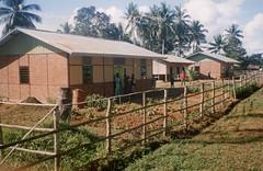 Afdrukken-baksteenbouw-011b (Stichting Papua Erfgoed) Tags: zuid papua msc stichtingpapuaerfgoed pace nieuwguinea nederlandsnieuwguinea irianjaya