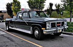 The orgiginal Workhorse ! (Dave* Seven One) Tags: gmcsierra 33 crewcab 454 v8 c30 gmc 1980s classic sierra pickup pickuptruck workhorse usa1 chevroletusa1 camperspecial